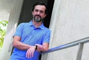 Entrevista a Dr Eduardo Nagore, dermatologo