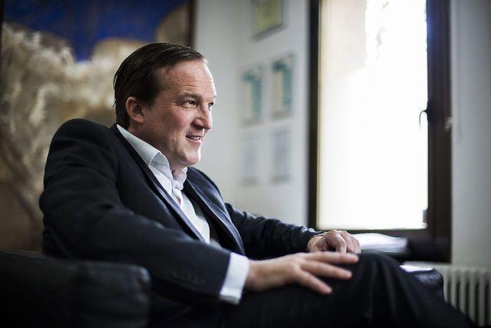 Entrevista Raphael Nagel, ayuda a personas en riesgo de exclusion social