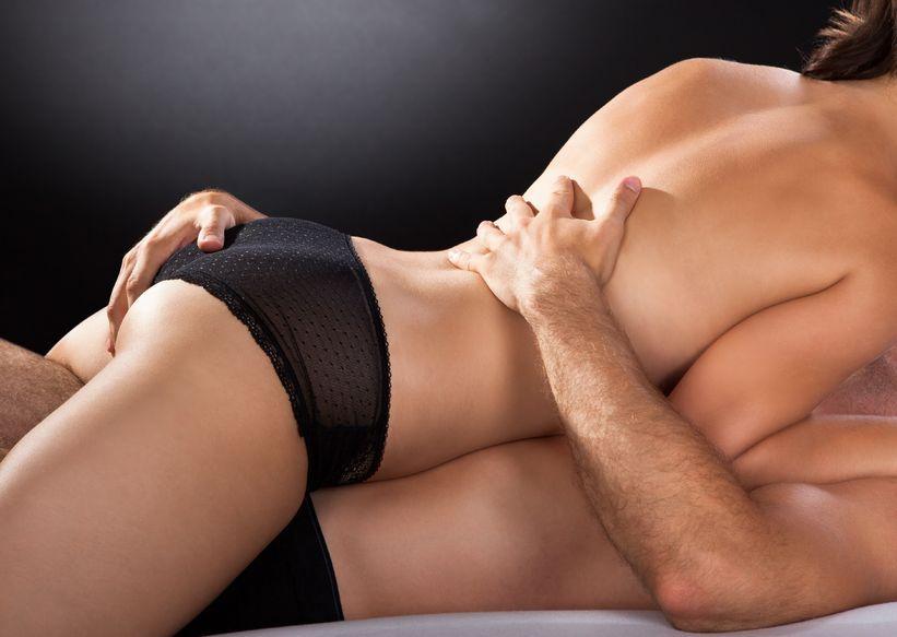 Tres posturas sexuales para quedarte embarazada